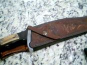 J CHISHOLM Hunting Knife TRAILMASTER